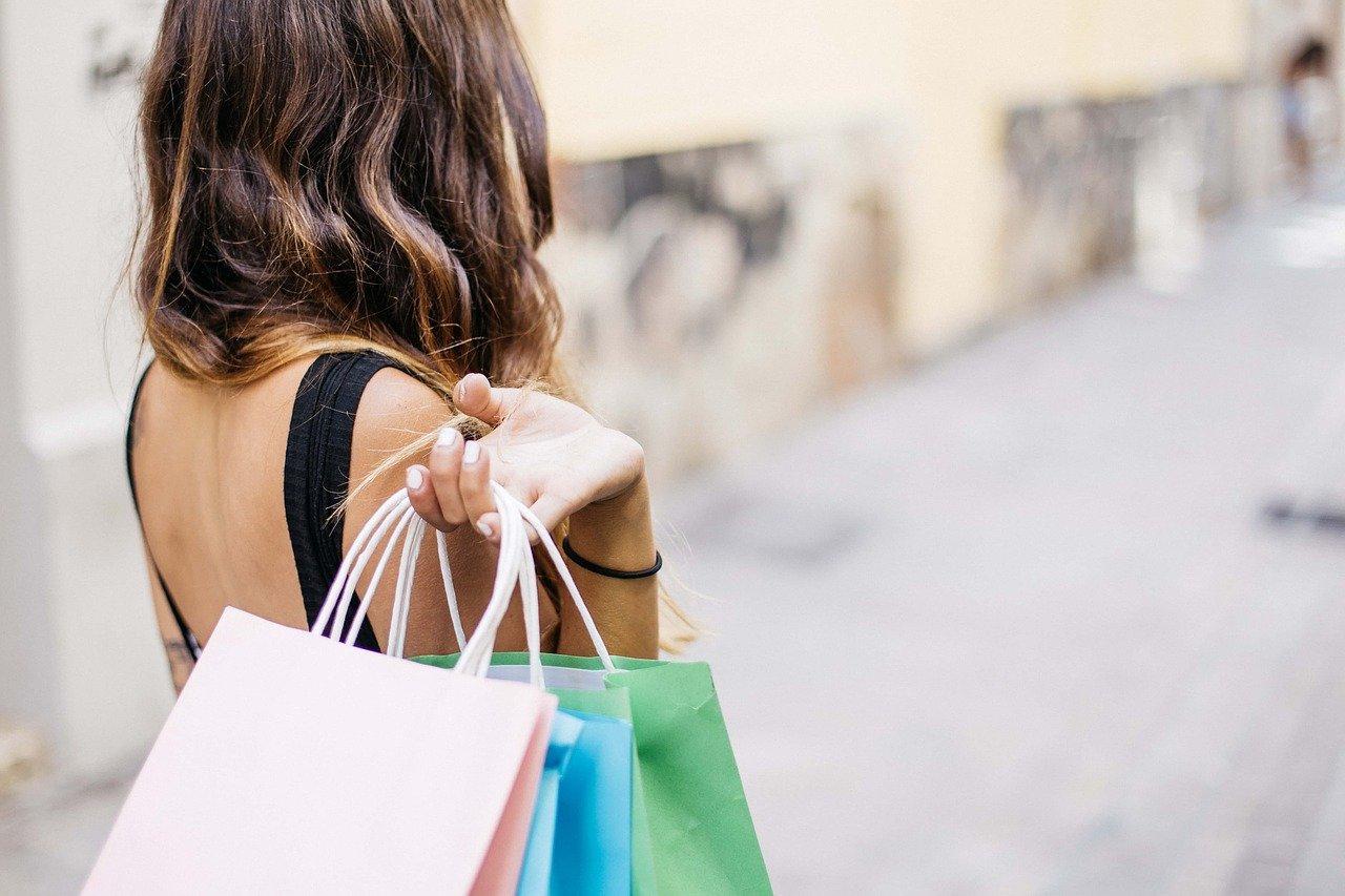 zakupy-online-czy-w-sklepie-stacjonarnym-img